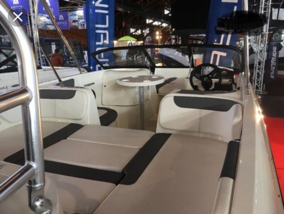 Rental yacht Annecy - Bayliner E6 on SamBoat