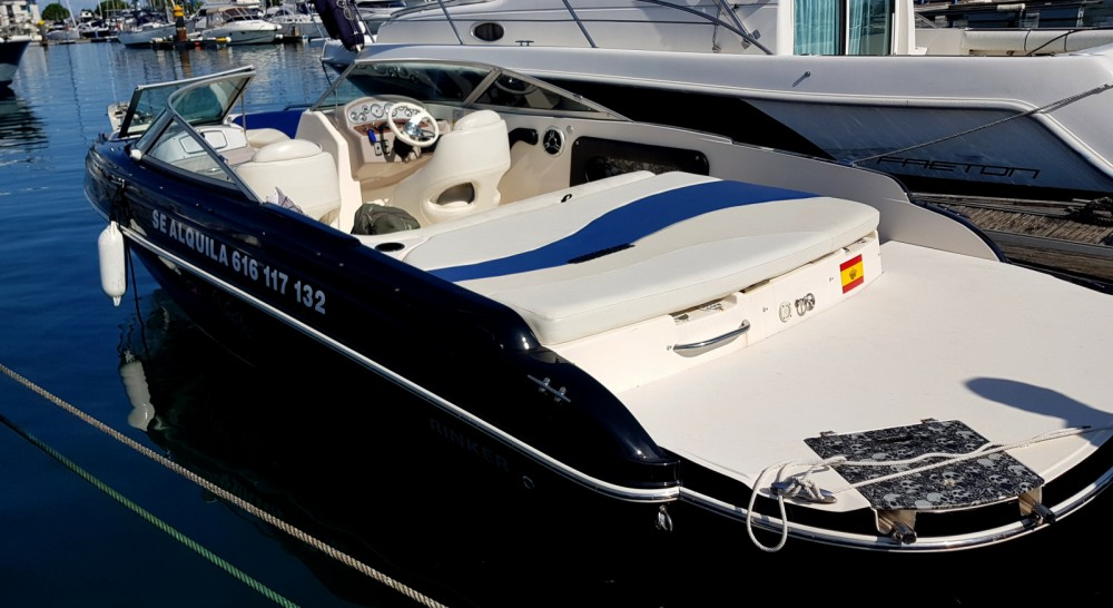 Rental yacht Puerto Deportivo Marina del Cantábrico - Rinker 212 CAPTATIVA on SamBoat