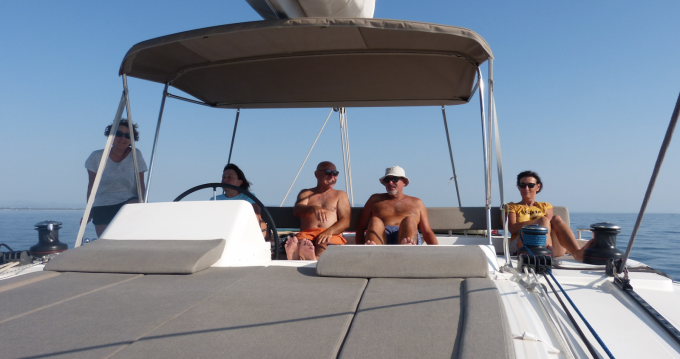 Lagoon Lagoon 450 F between personal and professional La Capte