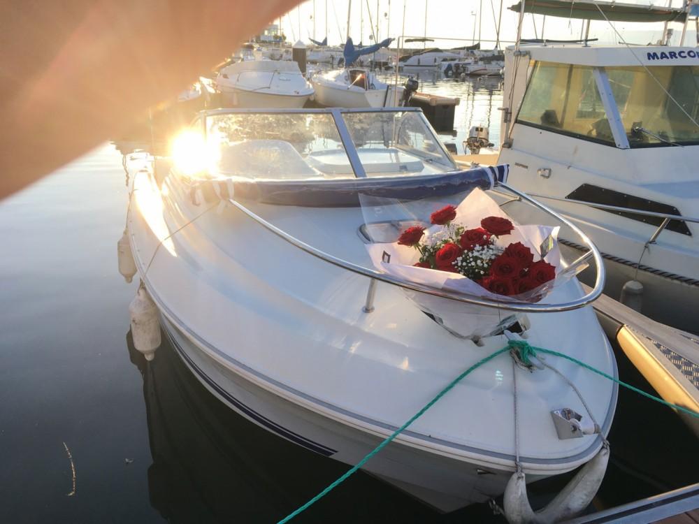 Boat rental Quicksilver Quicksilver 520 Cruiser in Évian-les-Bains on Samboat