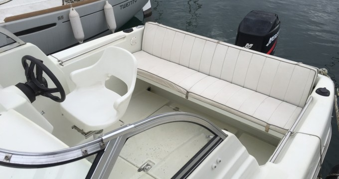 Rental yacht Évian-les-Bains - Quicksilver Quicksilver 520 Cruiser on SamBoat