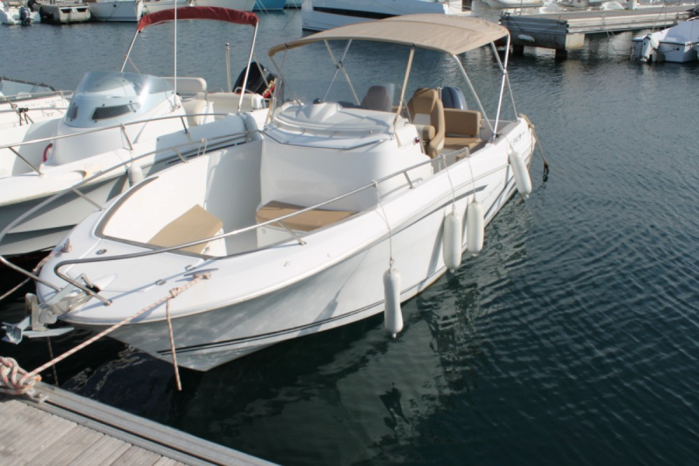 Motor boat for rent Propriano at the best price