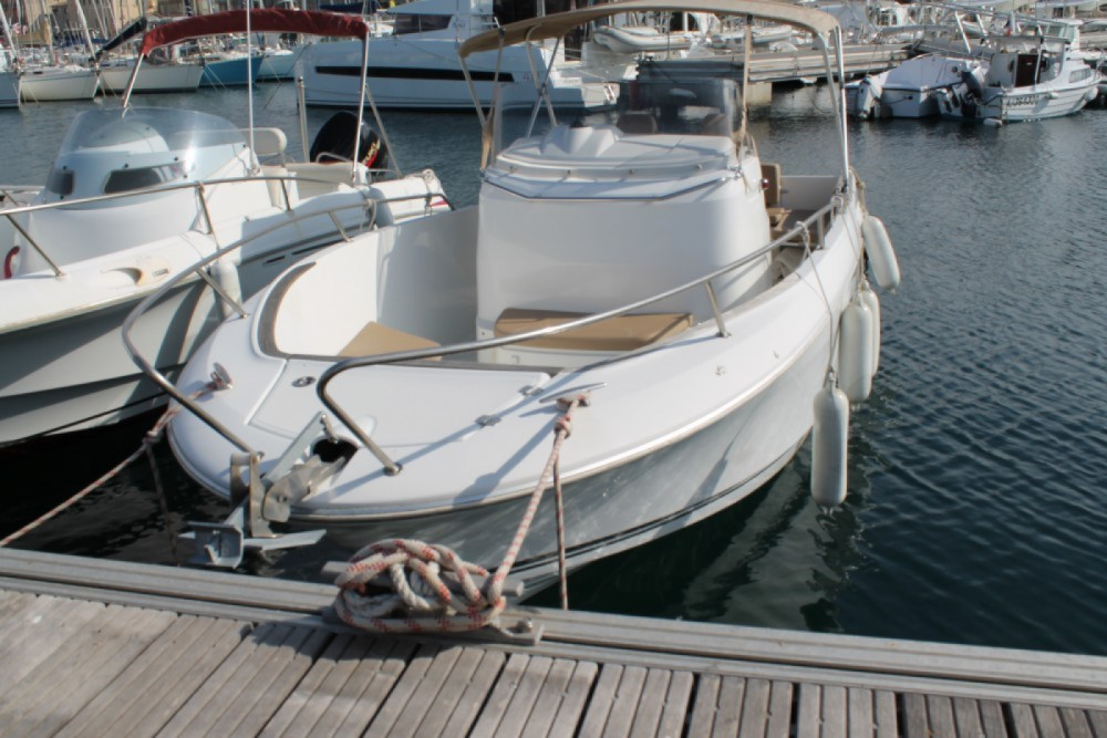 Boat rental Propriano cheap Cap Camarat 7.5 Style