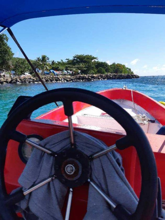 Rental Motorboat Dinghy-runabout with a permit