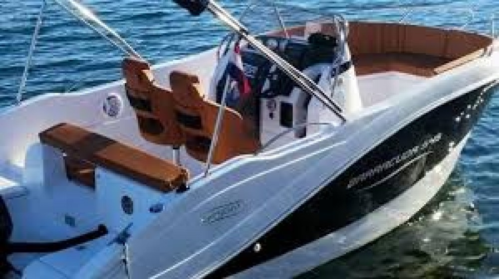 Motorboat for rent Santander at the best price
