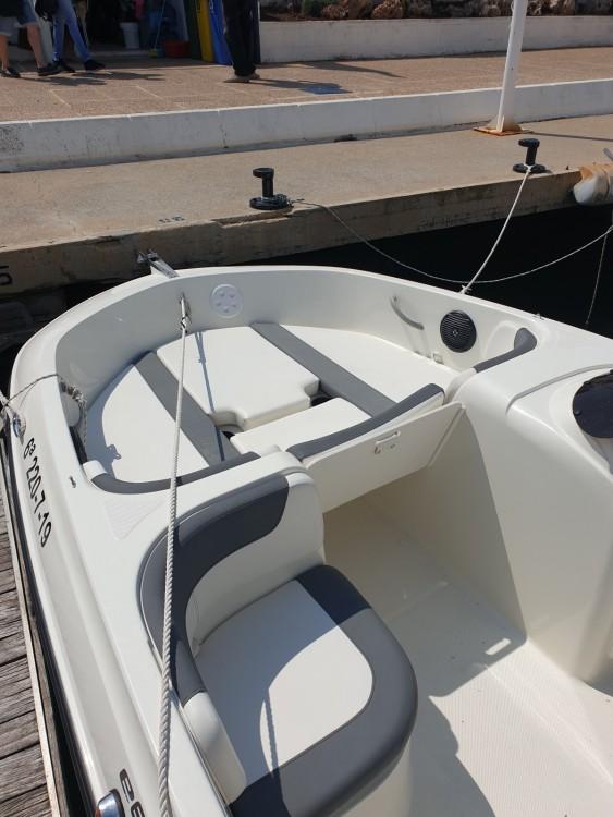 Boat rental Bayliner E6 in Altea on Samboat