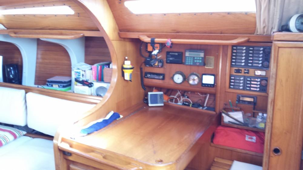 Rental yacht La Rochelle - Jeanneau Sun Legend 41 on SamBoat