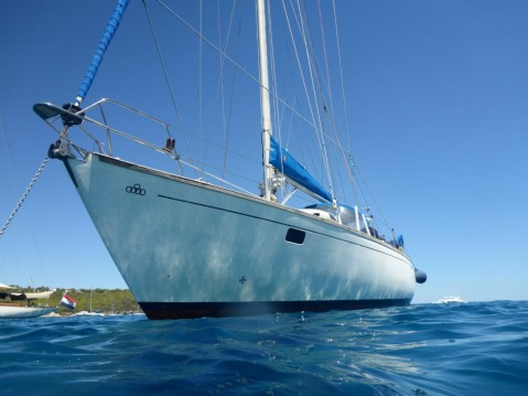Rental Sailboat Olympic Marine S.A with a permit