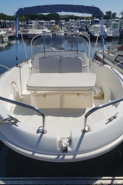 Rental Motorboat in Palavas-les-Flots - Jeanneau Cap Camarat 545