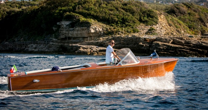 Hire Motorboat with or without skipper Riva Sorrento