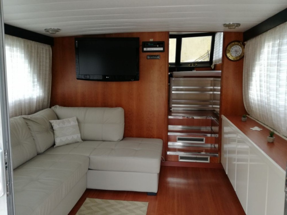Hire Motorboat with or without skipper Canados La Spezia
