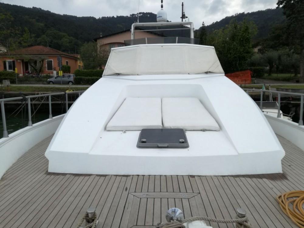 Boat rental Canados Canados 50 in La Spezia on Samboat