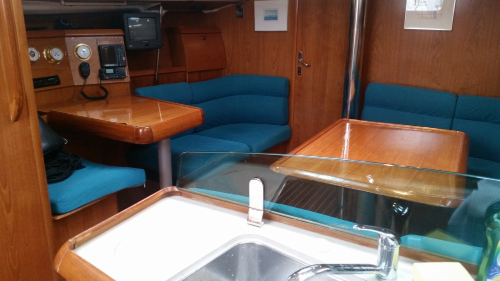 Rent a Jeanneau Sun Odyssey 40 Split