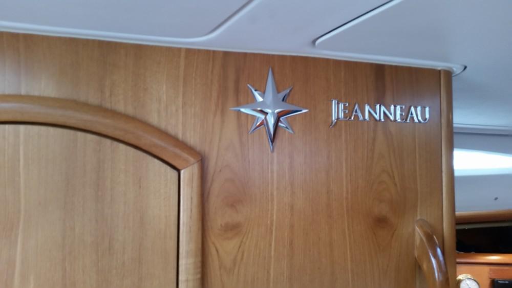 Jeanneau Sun Odyssey 40 between personal and professional Split