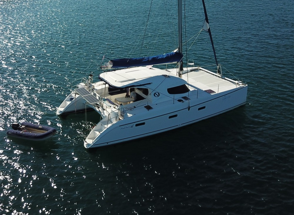 Hire Catamaran with or without skipper Nautitech Andoany