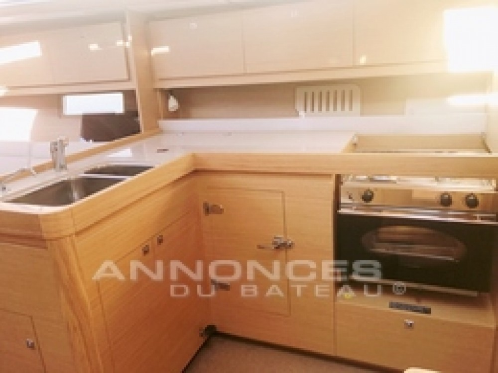 Boat rental Dufour Dufour 382 Grand Large in Saint-Mandrier-sur-Mer on Samboat