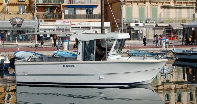 Boat rental Bénéteau Antares 700 Fishing in Bandol on Samboat