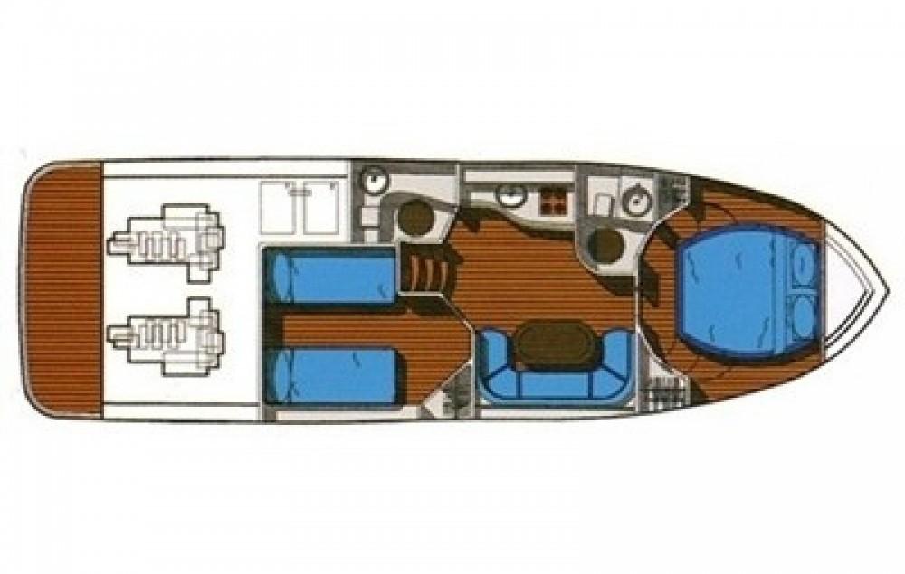 Rental yacht Alassio - Innovazione e Progetti Mira 37 on SamBoat