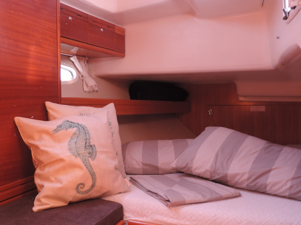 Sailboat for rent Cesenatico at the best price