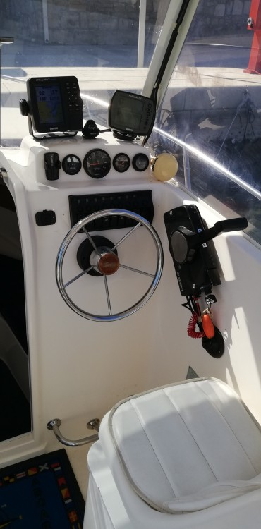 Rental Motor boat in Trogir - SAVER 620 WA Cabin Fisher 540