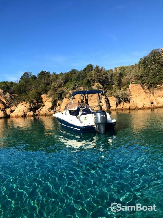 Rental Motorboat in Serra-di-Ferro - Jeanneau Cap Camarat 715 WA
