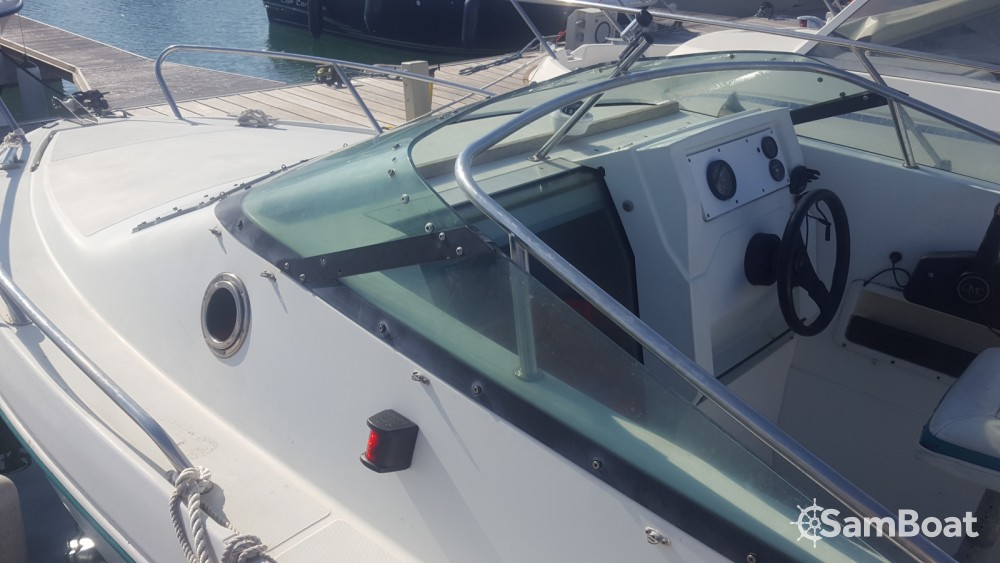 Hire Motor boat with or without skipper Jeanneau Saint-Denis-d'Oléron