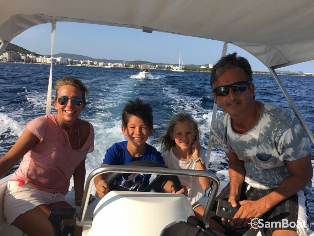 Rental Motorboat in Balearic Islands - compass Compass 400