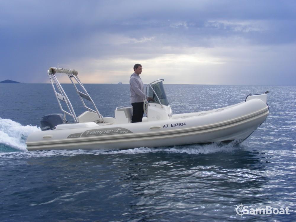 Boat rental Capelli Capelli 570 Luxe in Propriano on Samboat