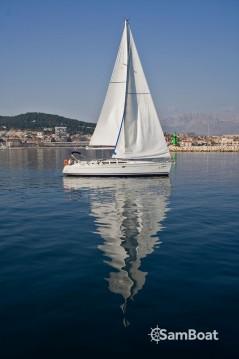 Rental yacht Split - Jeanneau Sun Odyssey 43 on SamBoat