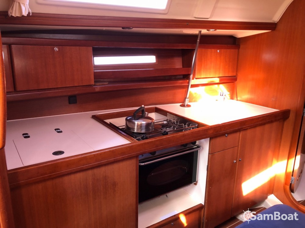 Rental yacht Leucate - Dufour Dufour 365 Grand Large on SamBoat