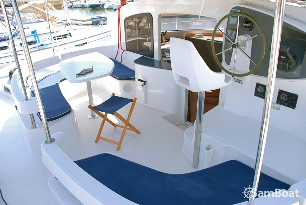 Fountaine Pajot Lavezzi 40 between personal and professional Porto-Vecchio
