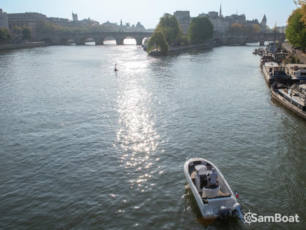 Rental yacht Paris - Pacific Craft Pacific Craft 670 Open on SamBoat