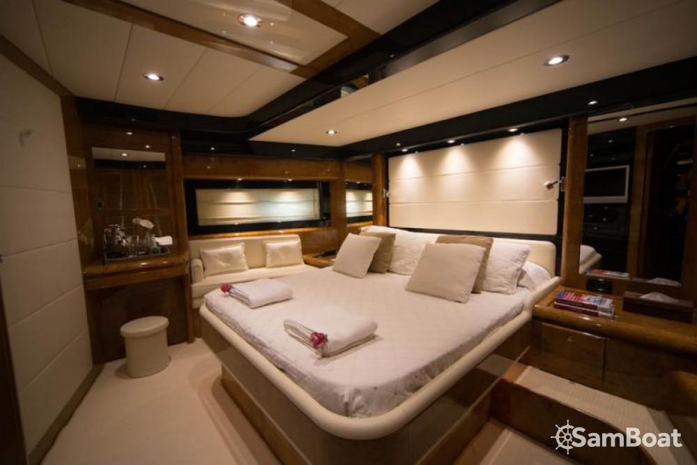Rental yacht Naples - Riva OPERA 85 on SamBoat