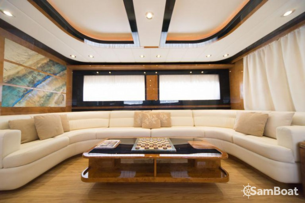 Hire Yacht with or without skipper Riva Naples