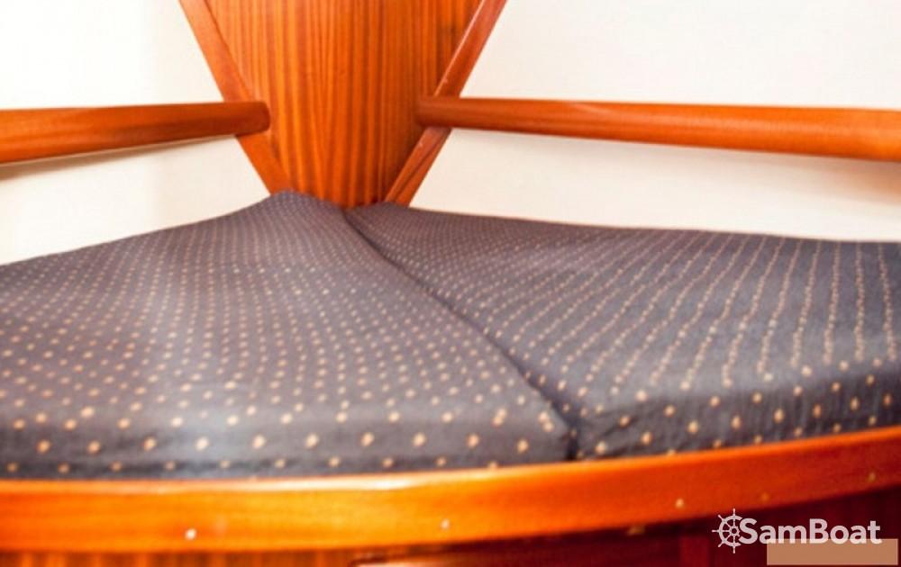 Rental Sailboat in Volos Municipality - Bavaria Bavaria 38 Holiday