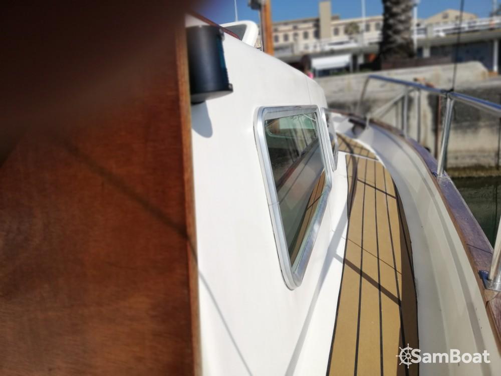 Rental Motor boat in el Masnou - Majoni Mahon