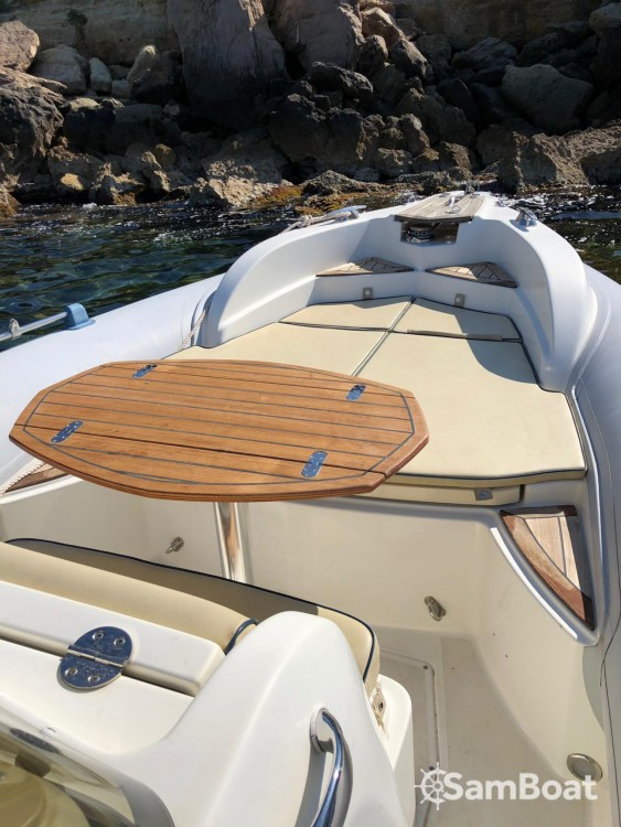 RIB for rent Marseille at the best price