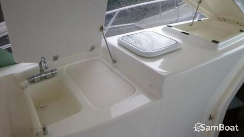 Rental yacht Fort-de-France - Jeanneau Prestige 30 Sport Top on SamBoat
