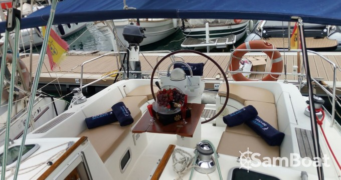 Hire Sailboat with or without skipper Bénéteau Ibiza Town