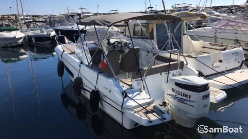 Hire Motor boat with or without skipper Jeanneau Sanary-sur-Mer