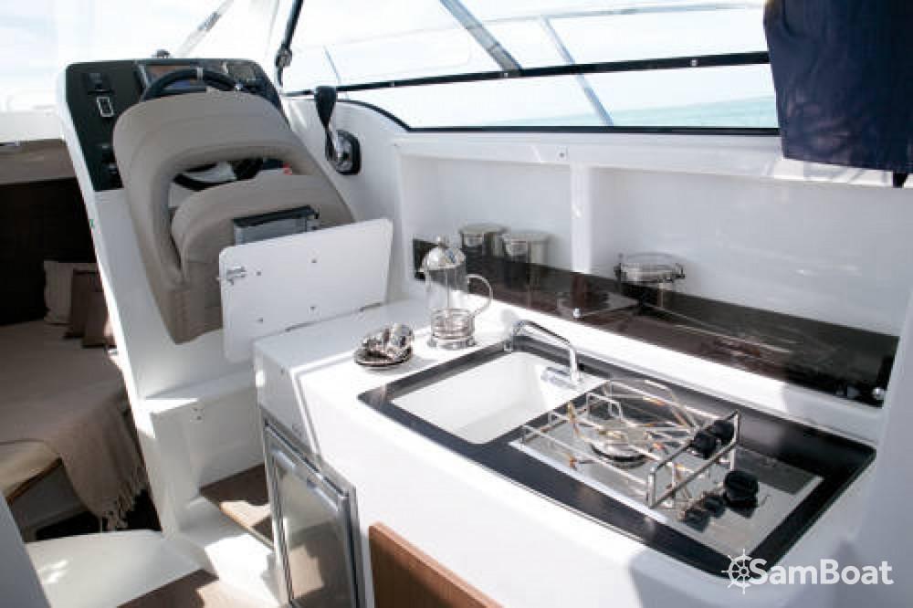 Rental yacht Ajaccio - Bénéteau Antares 8 on SamBoat