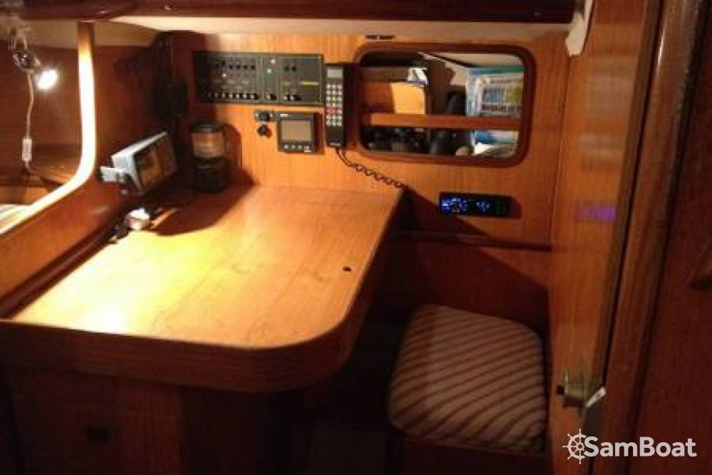 Hire Sailboat with or without skipper Bénéteau Mandelieu-la-Napoule