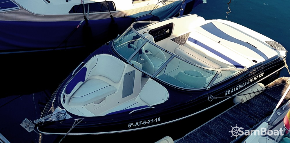 Rental Motor boat Rinker with a permit