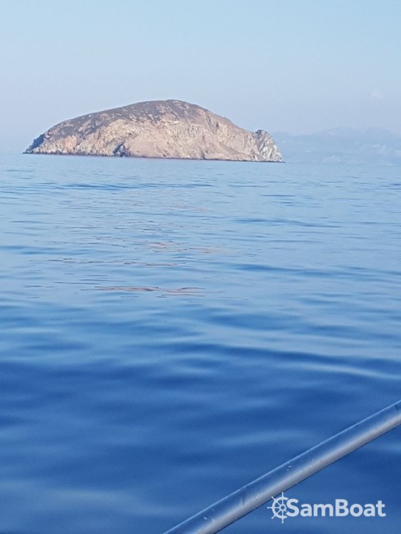 Hire Motorboat with or without skipper Cranchi Aegean