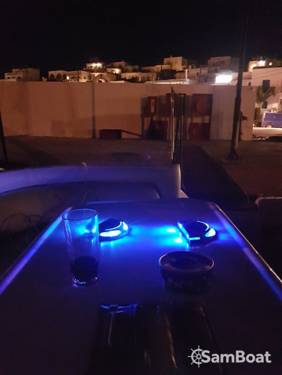 Boat rental Cranchi Mediterranee 40 in Aegean on Samboat