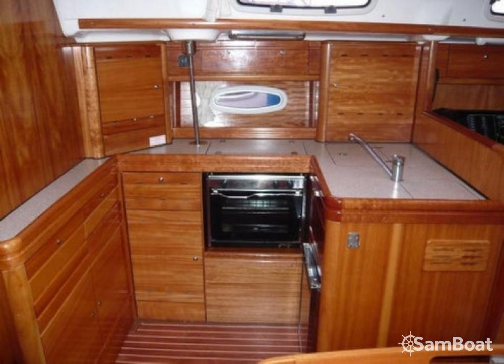 Boat rental Arzon cheap Bavaria 50