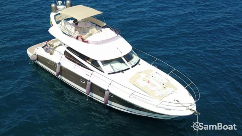 Boat rental Jeanneau Prestige 42 Fly in  on Samboat
