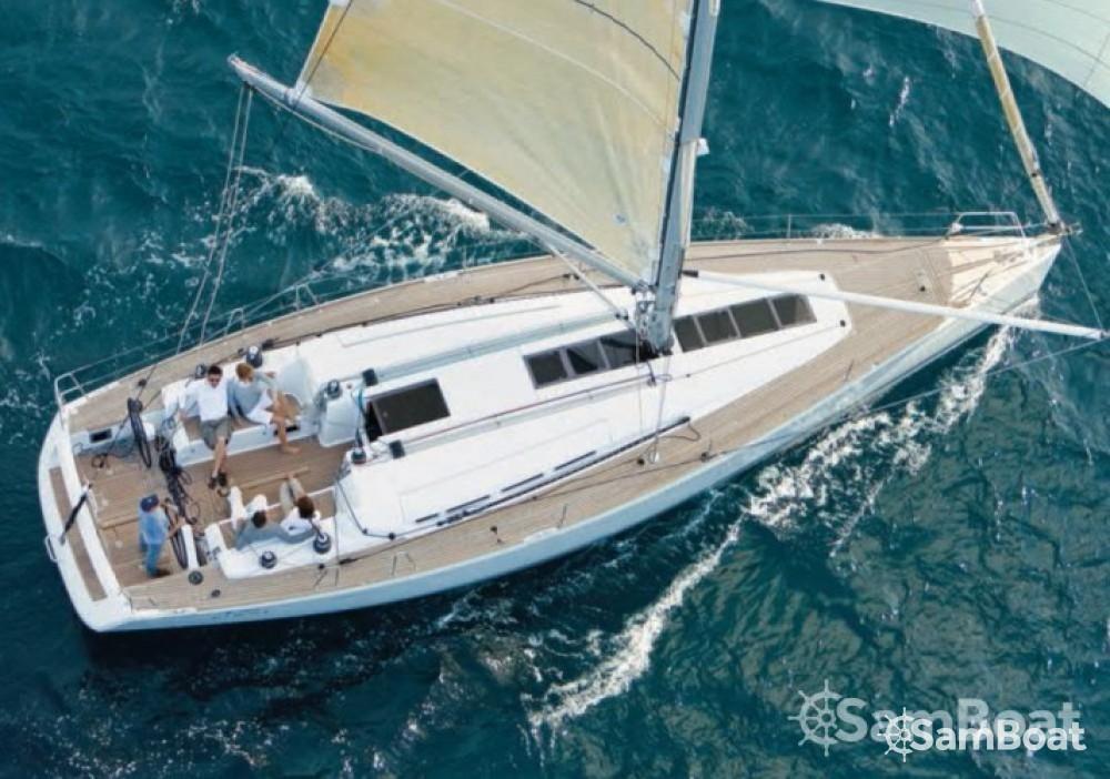 Rental yacht Toulon - Bénéteau First 45 on SamBoat