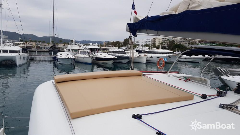 Rent a Lagoon Lagoon 400 Eivissa