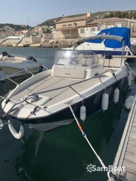 Rental Motorboat in Marseille - Quicksilver Activ 675 Sundeck